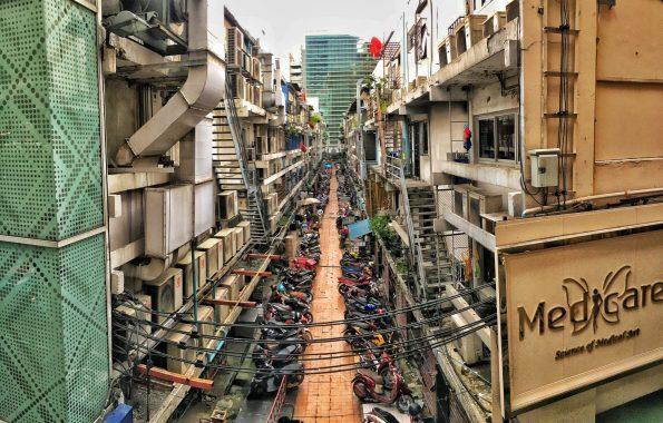 Motorbikes in Bangkok Neighbourhood