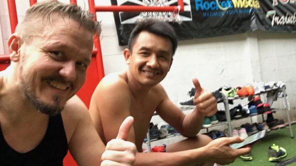 Khun Dun und Nomadic Vic