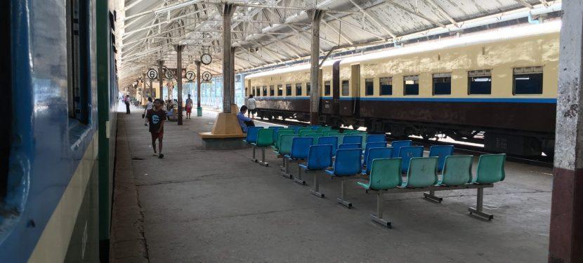 Der Circle Train Yangon